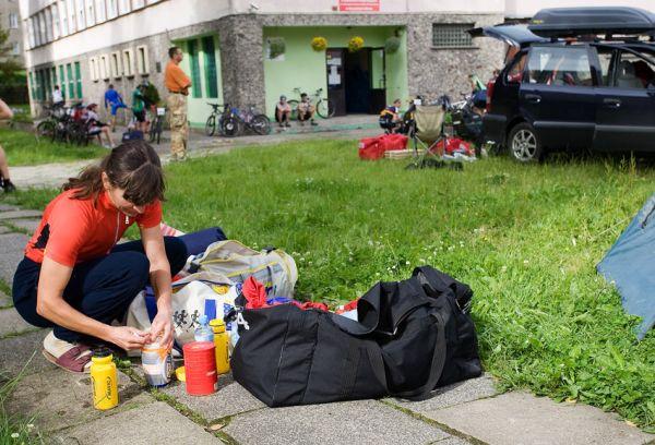 Bikechallenge 2009 - Lída Damková se připravuje na etapu