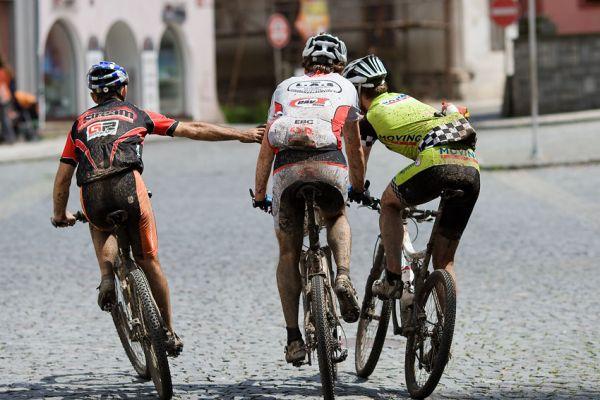 """Bikechallenge 2009 - Míra Hornych děkuje """"belgánům"""" za spolupráci"""