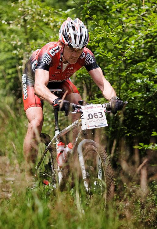 Bikechallenge 2009 - Tomáš Čada ve sjezdu