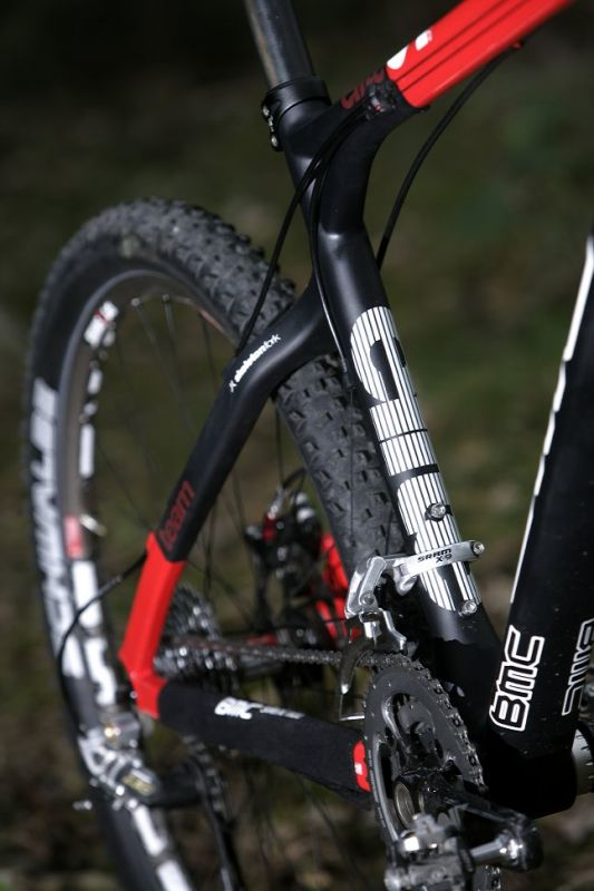 BMC TE01 karbonov� preview