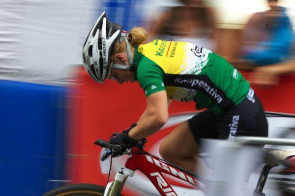 Mistrovství ČR MTB XC 2009 - Karlovy Vary - Pavla Havlíková z Karlových Varů odjela se dvěmi stříbrnými medailemi