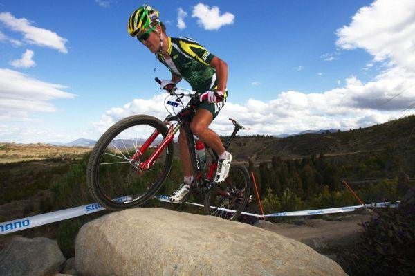 Mistrovství světa MTB XC 2009, Canberra /AUS/ - Burry Stander překonává technické překážky