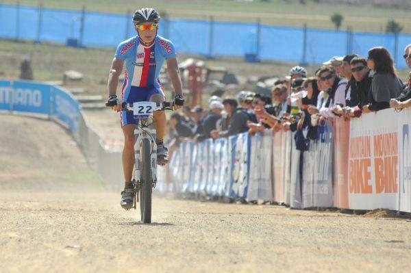 Mistrovství světa MTB XC 2009, Canberra - junioři: Tomáš Paprstka dojíždí na devátém místě