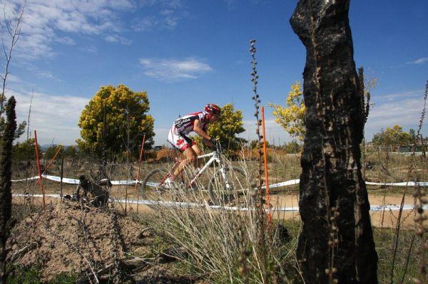 Mistrovství světa MTB XC 2009, Canberra /AUS/ - Stromlo Forrest Park před několika lety lehnul popelem, stále je to poznat...