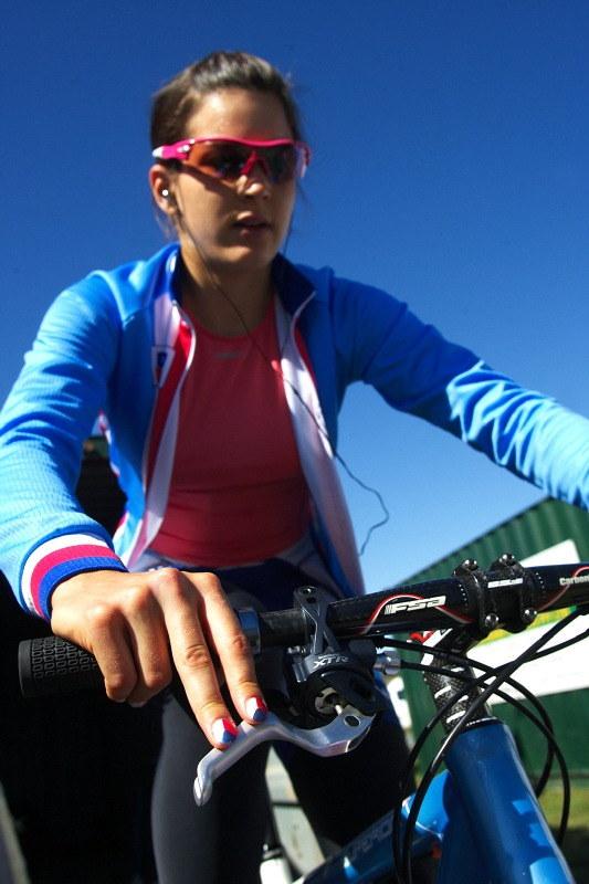 Mistrovství světa MTB XC 2009, Canberra /AUS/ - Tereza Huříková nezapomněla ani tentokrát na nehty