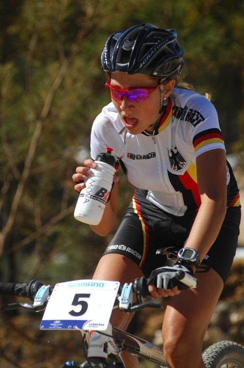 Mistrovství světa MTB 2009, Canberra - juniorky: Němka Mona Eberweiser závod nezvládla