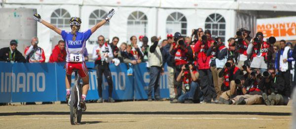 Mistrovství světa MTB 2009, Canberra - juniorky: Pauline Prevot vítězí