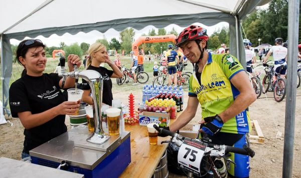 Bakovský maraton 2009 - zasloužené pivečko