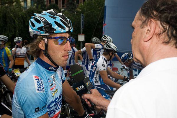 KPŽ AM bikemaraton ČS Karlovy Vary 2009 - Milan Spěšný odpovídá Robertu Bakalářovi