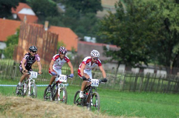 Fin�le Jiho�esk�ho poh�ru MTB 09 v Novosedlech - Tom� Dole�al, Michal Kan�ra a Kamil Ausbuher