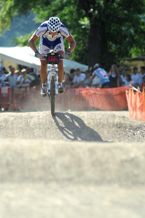 Finále Jihočeského poháru MTB 09 v Novosedlech - Ivan Rybařík najíždí do posledního kola