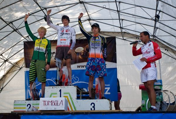 Podkrkonošský maraton 2009 - 50 km a nejlepší junioři: 1. Skalický 2. Nesvadba 3. Veselý