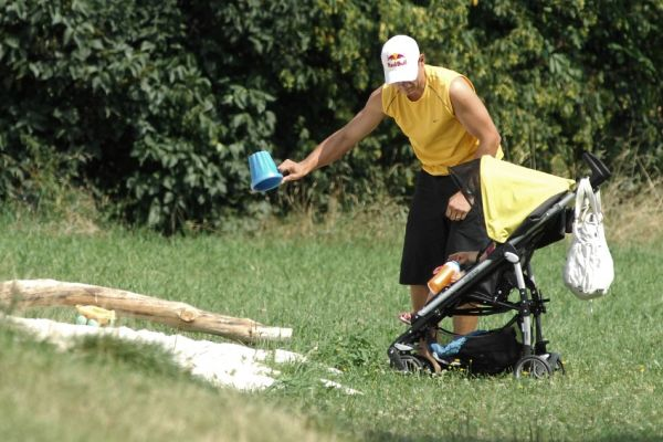 Sport Invest setkání sportovců 18.8.2009 - Tomáš Kraus má plno práce i v létě