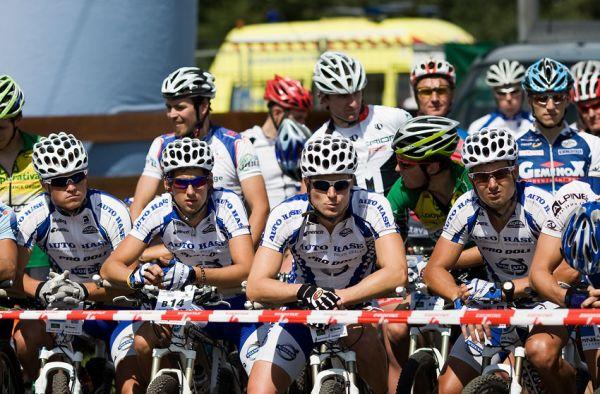 KPŽ Ještěd Tour 2009 - tvrdé jádro Volvo boys