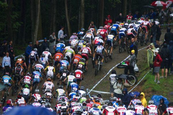 Nissan UCI MTB World Cup XCO #6 - Bromont /KAN/ 2.8. 2009 - start mužů