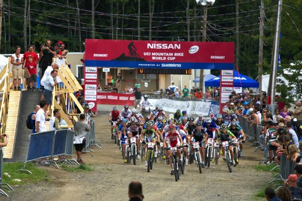 Nissan UCI MTB World Cup XCO #6 - Bromont /KAN/ 2.8. 2009 - start žen