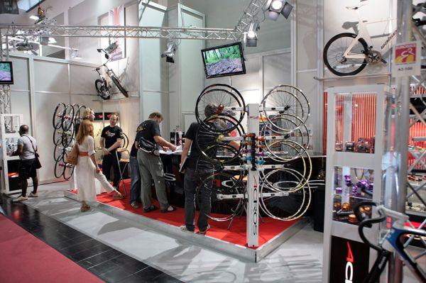 Acros produkty 2010 na Eurobiku 2009