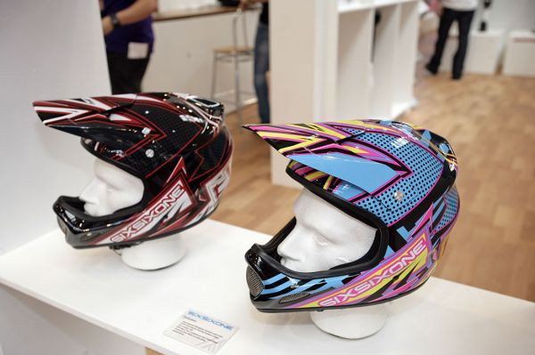 661 produkty 2010 na Eurobiku 2009