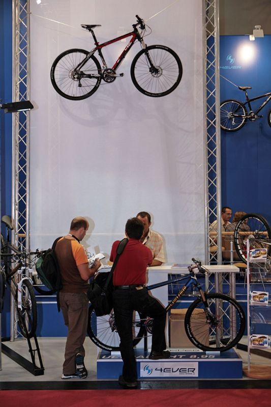 4Ever produkty 2010 na Eurobiku 2009