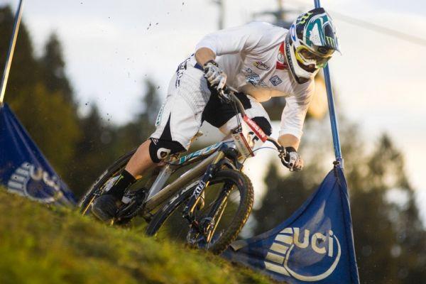 Světový pohár 4X, Schladming 2009: Jared Graves v kvalifikaci