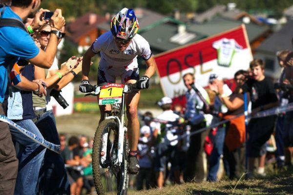 Nissan UCI MTB World Cup XCO #8, Schladming 19.9. 2009 - Elisabeth Osl přilákala daleko více diváků než závod mužů