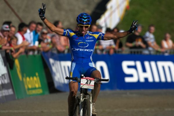 Nissan UCI MTB World Cup XCO #8, Schladming 19.9. 2009 - Ruben toho m�l pln� zuby, ale za st��bro to st�lo