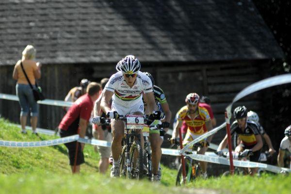 Nissan UCI světový pohár MTB #8 - Schladming 2009: Nino Schurter na čele