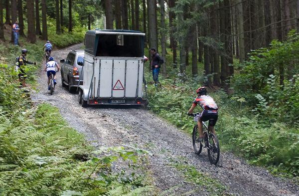 KPŽ Priessnitzova 60 2009 - cyklista necyklista aneb debil za volantem...