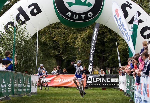 KPŽ Priessnitzova 60 2009 - Rybařík vítězí, za ním Fojtík dojíždí jako druhý