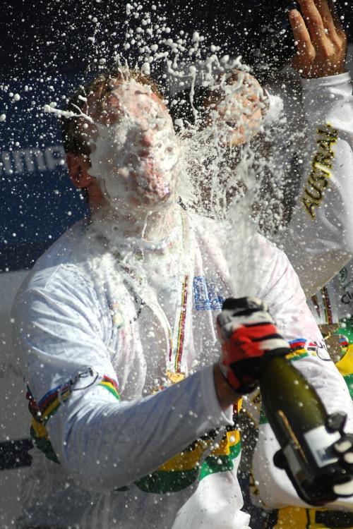 Mistrovství světa MTB DH 2009, Canberra - Steve Peat si řádně propláchl ústa