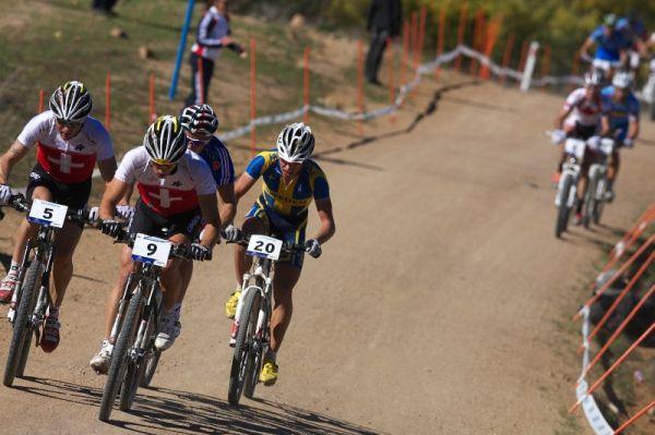 Mistrovství světa MTB XCO 2009 - Canberra /AUS/ - čelo závodu ve druhém okruhu - zleva Vogel, Schurter, Absalon a Lindgren
