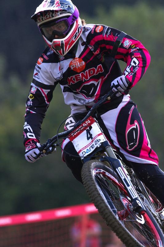 Nissan UCI MTB World Cup DH #8, Schladming 20.9. 2009 - Floriane Pugine (FRA) byla nejrychlejší v kvalifikaci