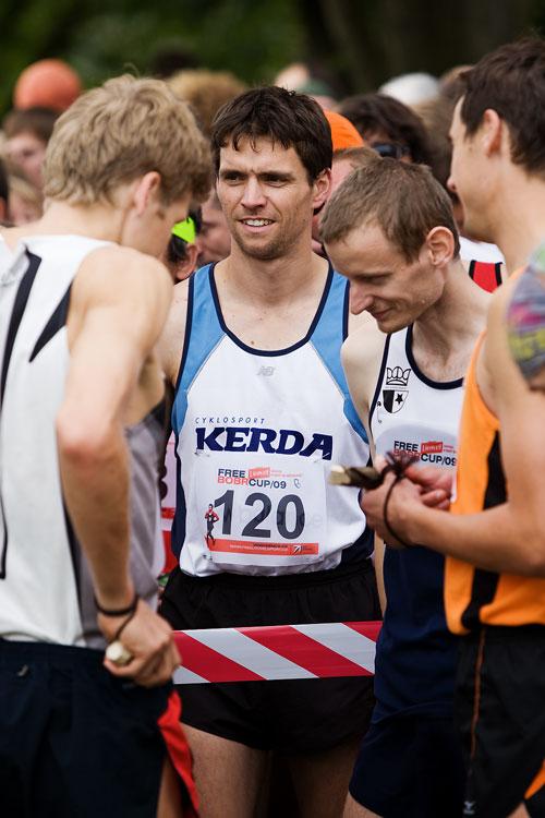 Free Litovel Bobr Cup 2009 - elitní běžec Radek Linhart (120) byl parťákem Jardy Kulhavého