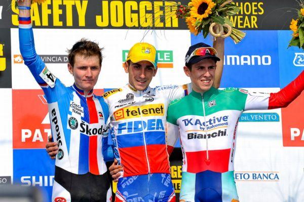 Světový pohár v cyklokrosu - 1. závod 3.10. 2009 - Petruš skončil v závodě U23 druhý za Slovákem Gavendou, Treviso/Itálie, foto: Armin Küstenbrück