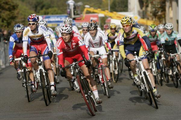 Sv�tov� poh�r v cyklokrosu #2, Plze� 18.10.2009 - Nejl�pe odstartoval Martin B�na
