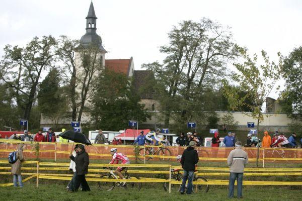 Sv�tov� poh�r v cyklokrosu #2, Plze� 18.10.2009 - are�l u Sv. Ji��