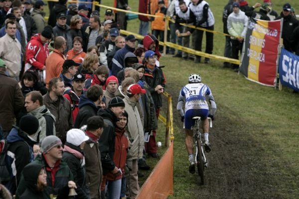 Sv�tov� poh�r v cyklokrosu #2, Plze� 18.10.2009 - Martin Zl�mal�k