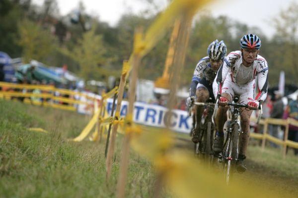 Sv�tov� poh�r v cyklokrosu #2, Plze� 18.10.2009 - V�clav Metli�ka