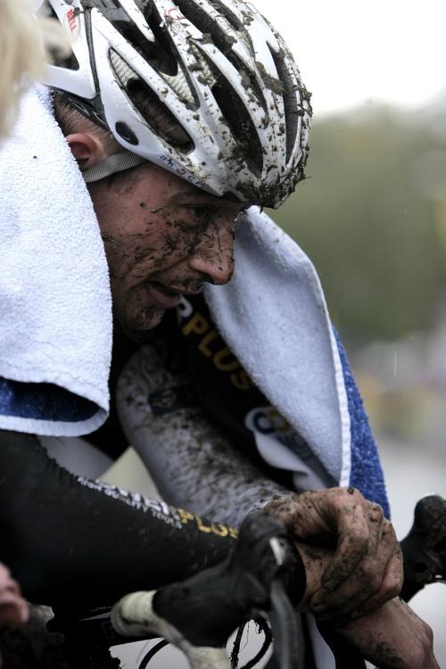 Sv�tov� poh�r v cyklokrosu #2, Plze� 18.10.2009 - Radom�r �im�nek dojel sedm�