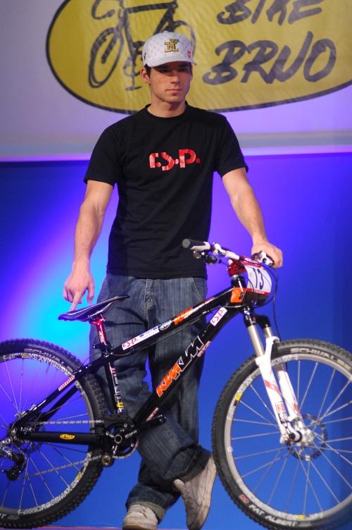 Bike Brno '09 - Faces: Fourcrossař Tomáš Slavík se svým novým bikem