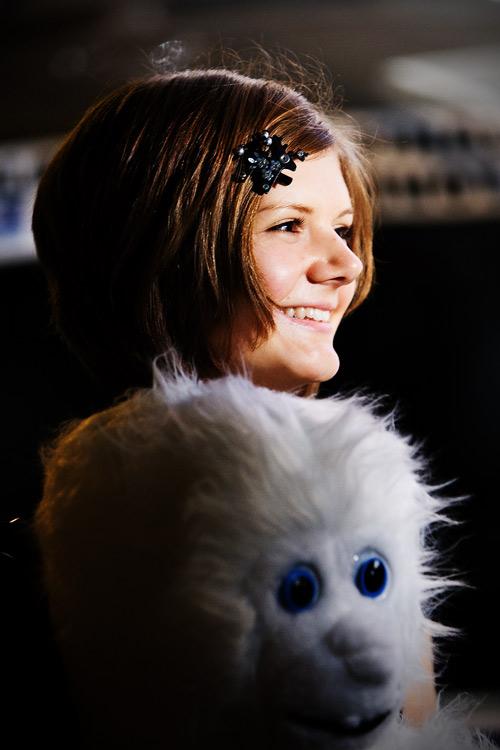 KPŽ Finálový večer 2009 - přešťastná Lucie Růžičková se svým novým chlupatým přítelem