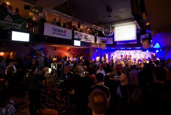 KPŽ Finálový večer 2009 - zcela zaplněný sál Retro music hall