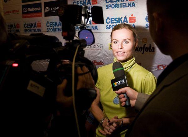 KPŽ Finálový večer 2009 - rozhovory nejlepších pro televizi... (Bára Radová - Manďáková)