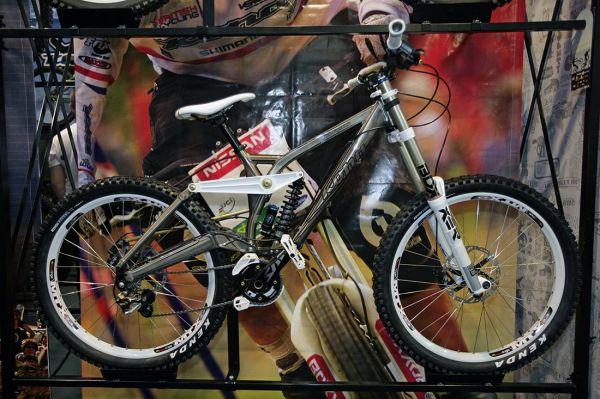 Kona 2010 na Eurobike 2009