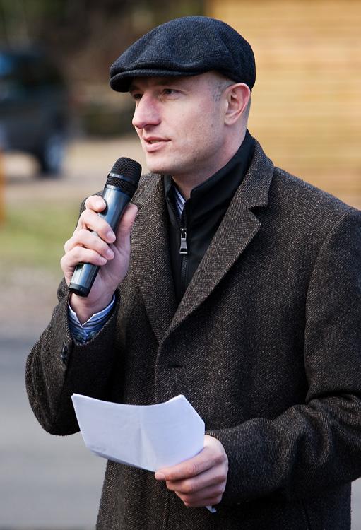 Pec pod Sněžkou 2009 - slavnostní otevření  - starosta města Alan Tomášek