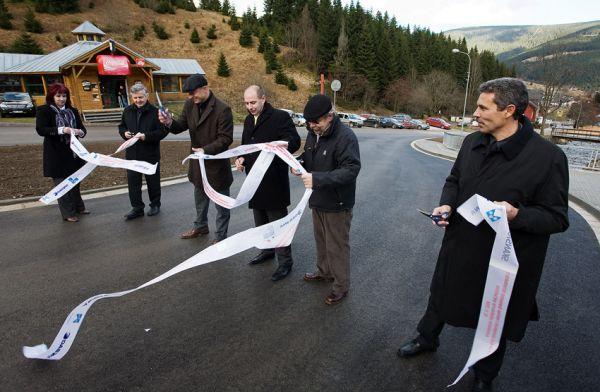Pec pod Sněžkou 2009 - slavnostní otevření - dílo se povedlo