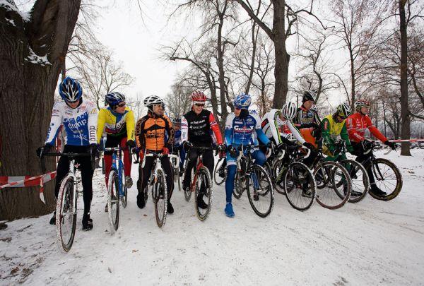Vánoční cyklokros Praha-Stromovka 2009 - předvánoční pohoda i na startu...