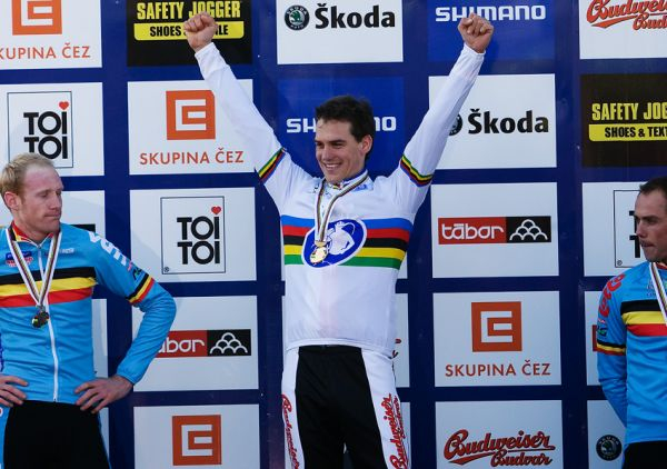 Mistrovství světa v cyklokrosu, Tábor 2010 - Elite: Zdeněk se raduje, Belgičanům do smíchu moc nebylo...