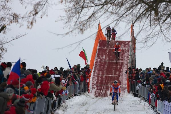 Mistrovstv� sv�ta v cyklokrosu - T�bor 31.1. 2010 - z�vod �en - Marianne Vos vedla od prvn�ch metr�