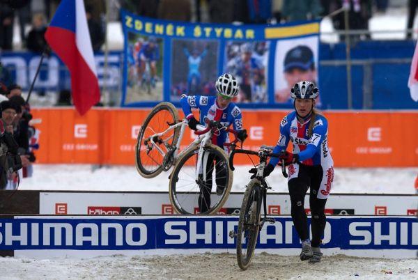 Mistrovství světa v cyklokrosu - Tábor 31.1. 2010 - závod žen - Jana Kyptová a Pavla Havlíková